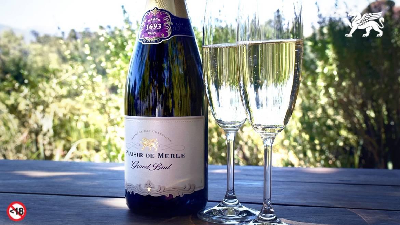 Plaisir de Merle Grand Brut sparkles with Gold